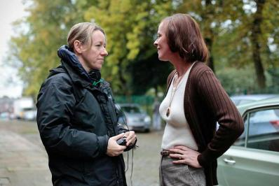 Director Elaine Constantine (left) with Lisa Stansfield (right)